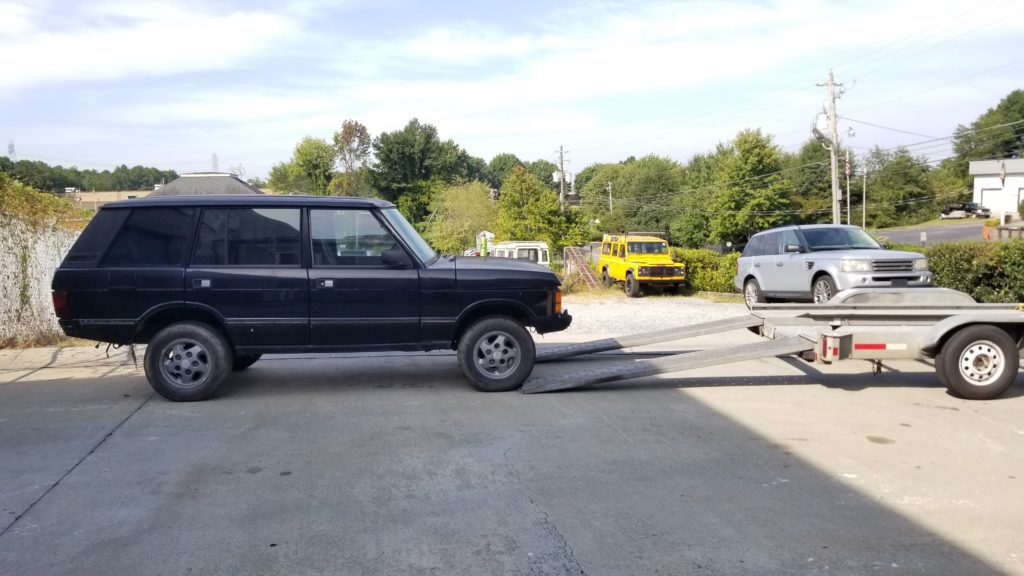 The first view of Butler, my new Range Rover Classic, before we load him on the trailer